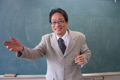 手が出て左向きCIMG0039 親野先生横幅400リサイズ済.jpg